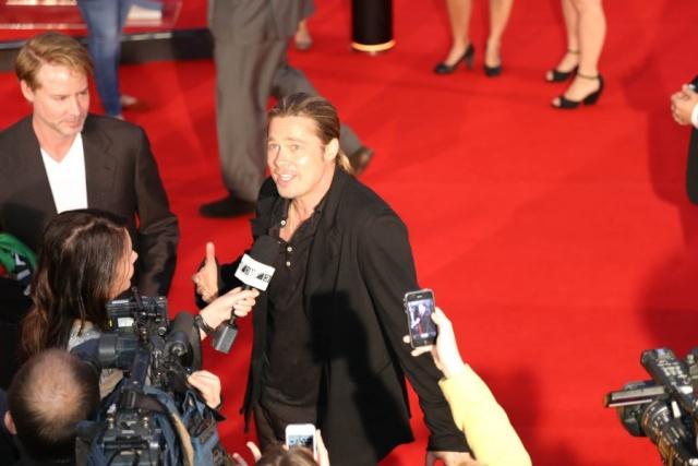 Brad at World War Z Premiere, The Star, Sydney Australia..June 9th 2013 - Page 2 00335754