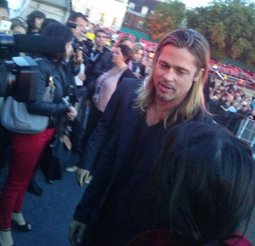 Brad and Angelina at World War Z Premiere..Leicester Square, London..June 2nd, 2013 - Page 4 00335829