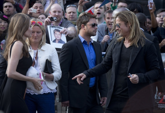 Brad and Angelina at World War Z Premiere..Leicester Square, London..June 2nd, 2013 - Page 4 00414015
