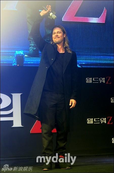 Brad at World War Z Premiere Seoul,South Korea..June 11th 2013 00430631