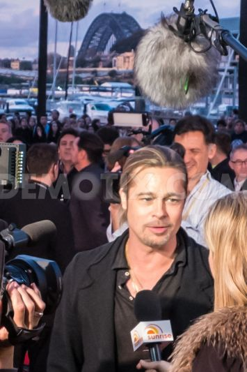 Brad at World War Z Premiere, The Star, Sydney Australia..June 9th 2013 00527927