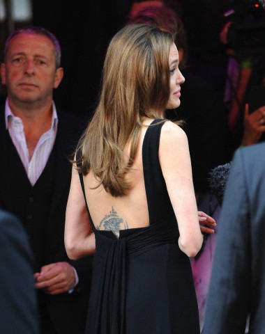 Brad and Angelina at World War Z Premiere..Leicester Square, London..June 2nd, 2013 - Page 2 006_2810