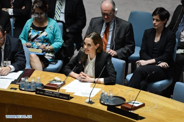 Angelina urges against rape in war zones at the UN Security Council Meeting..New York, June 24th 2013 00_pii11