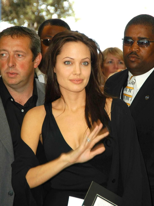 Angelina at ComicCon..July 19th 2003 0117