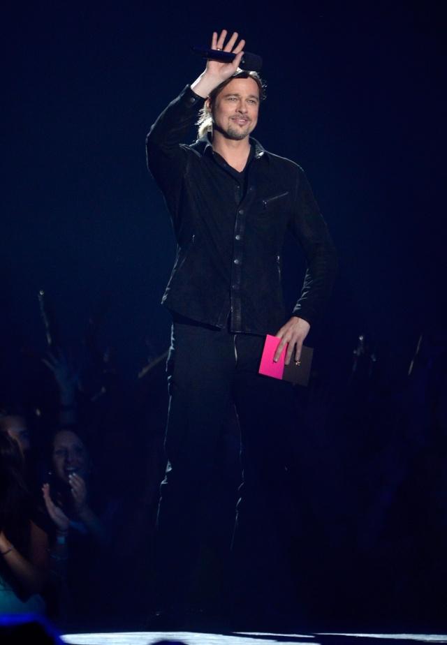 Brad at MTV Movie Awards..April 14th 2013 01213210