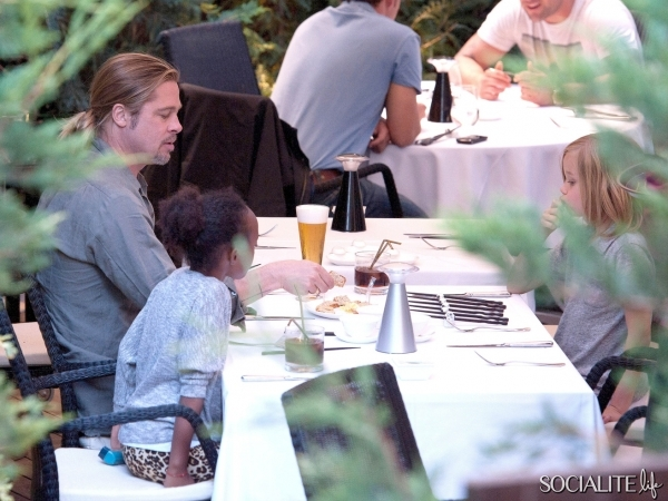 Brad, Zahara and Shiloh out for Japanese Cuisine, Madrid,Spain..June 21st 2013 0186