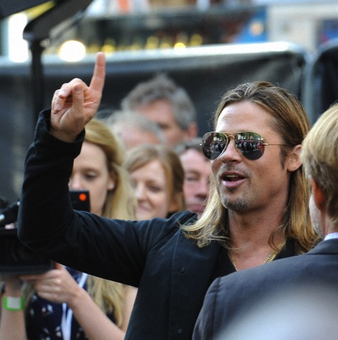 Brad and Angelina at World War Z Premiere..Leicester Square, London..June 2nd, 2013 - Page 2 020