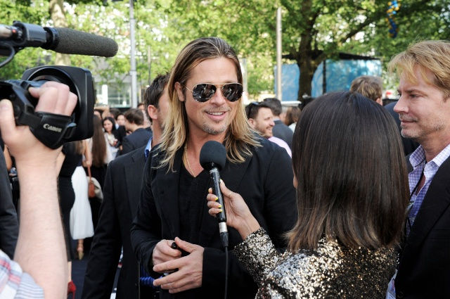 Brad and Angelina at World War Z Premiere..Leicester Square, London..June 2nd, 2013 - Page 2 0242