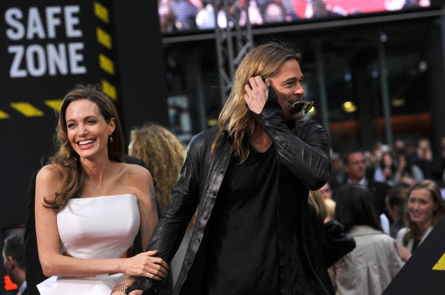 Brad and Angelina at World War Z Premiere, Sony Center..Berlin, Germany..June 4th 2013 - Page 2 04041347