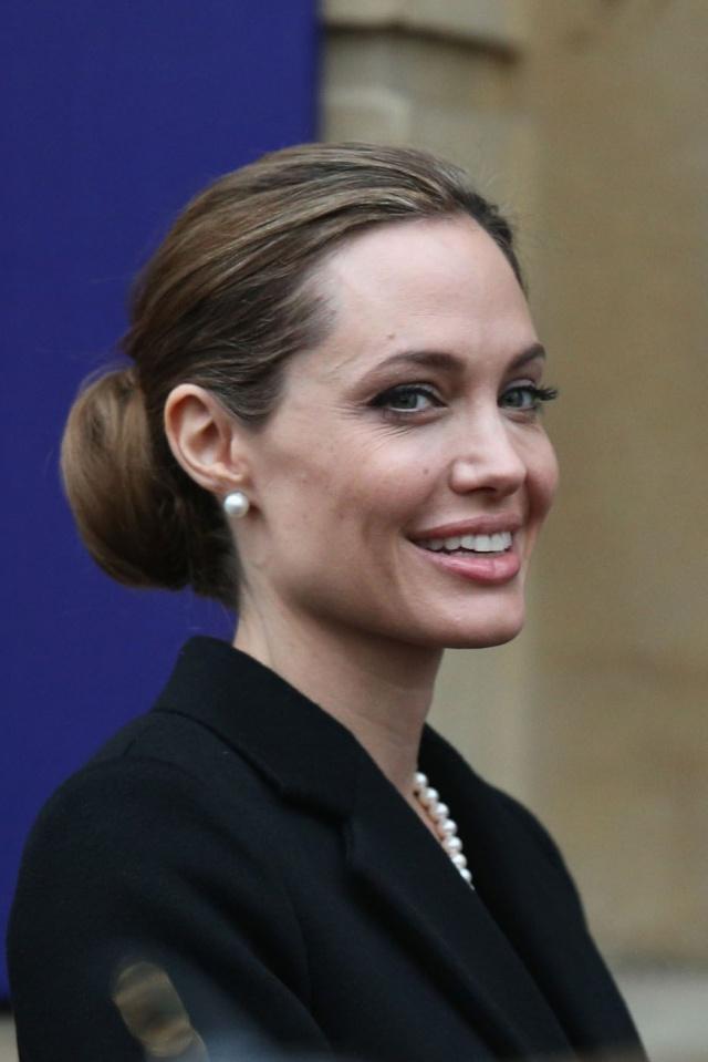 Angelina at G8 Summit..April 11th 2013 04111311