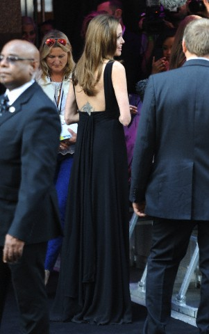 Brad and Angelina at World War Z Premiere..Leicester Square, London..June 2nd, 2013 - Page 2 0424