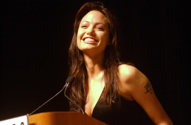 Angelina at ComicCon..July 19th 2003 0512