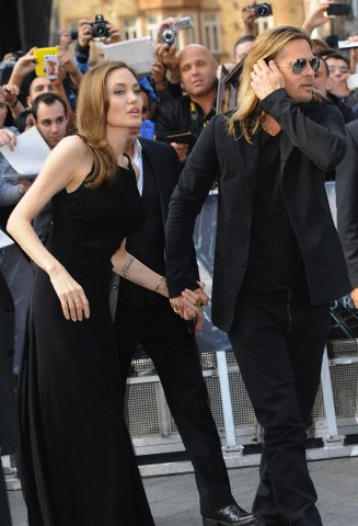 Brad and Angelina at World War Z Premiere..Leicester Square, London..June 2nd, 2013 - Page 2 0711