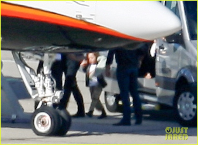 Angelina and Kids Airport Sighting..Berlin,Germany..June 5th 2013 0_1413