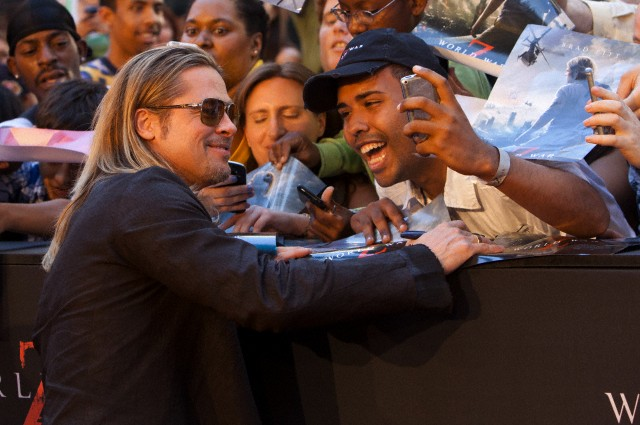 Brad at World War Z Premiere, New York..June 17th 2013 0_1415