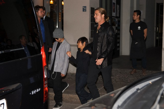 Brad, Angelina and Kids Dine at Kuchi Restaurant, Berlin,Germany..June 4th 2013 0_1710