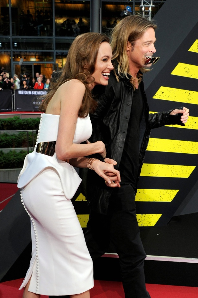 Brad and Angelina at World War Z Premiere, Sony Center..Berlin, Germany..June 4th 2013 - Page 2 0_210