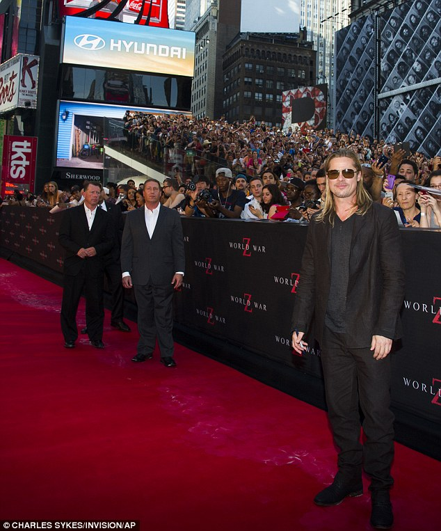 Brad at World War Z Premiere, New York..June 17th 2013 0_219