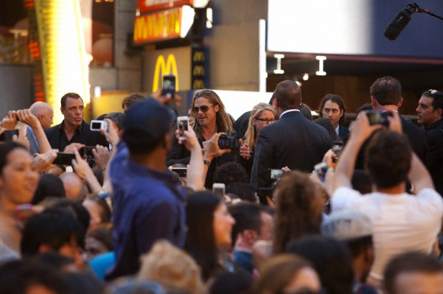 Brad at World War Z Premiere, New York..June 17th 2013 0_222
