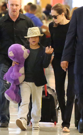 Angelina and Pax JFK airport arrival..New York..June 24th 2013 0_328
