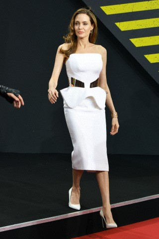 Brad and Angelina at World War Z Premiere, Sony Center..Berlin, Germany..June 4th 2013 - Page 2 0_4111