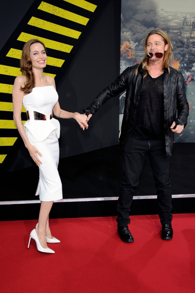 Brad and Angelina at World War Z Premiere, Sony Center..Berlin, Germany..June 4th 2013 - Page 2 0_414