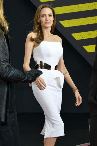 Brad and Angelina at World War Z Premiere, Sony Center..Berlin, Germany..June 4th 2013 - Page 2 0_4610