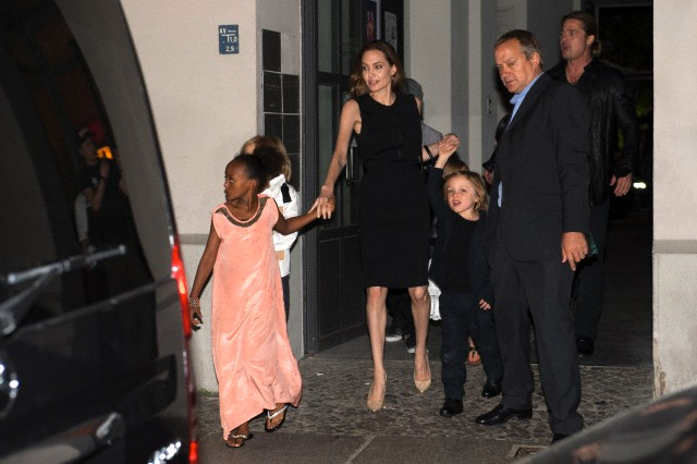 Brad, Angelina and Kids Dine at Kuchi Restaurant, Berlin,Germany..June 4th 2013 0_5210