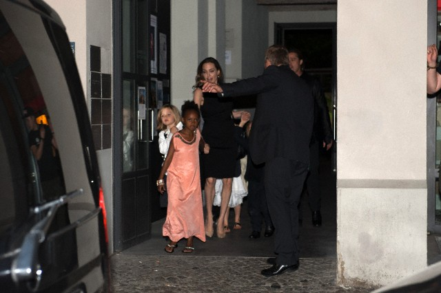 Brad, Angelina and Kids Dine at Kuchi Restaurant, Berlin,Germany..June 4th 2013 0_52_c10