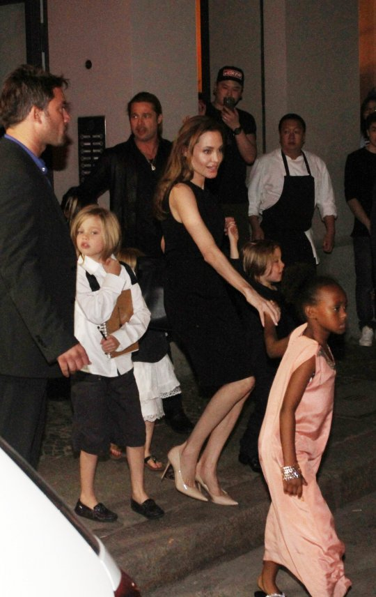 Brad, Angelina and Kids Dine at Kuchi Restaurant, Berlin,Germany..June 4th 2013 20082012