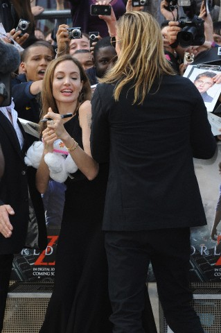 Brad and Angelina at World War Z Premiere..Leicester Square, London..June 2nd, 2013 - Page 3 4brad-13