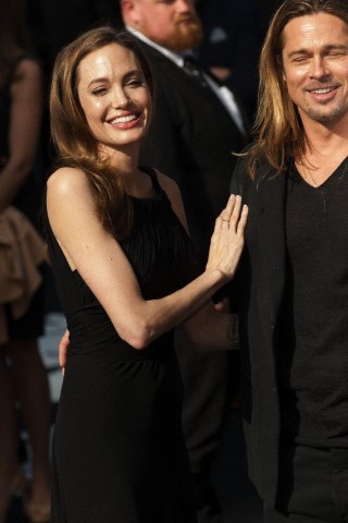Brad and Angelina at World War Z Premiere..Leicester Square, London..June 2nd, 2013 - Page 3 6169_221