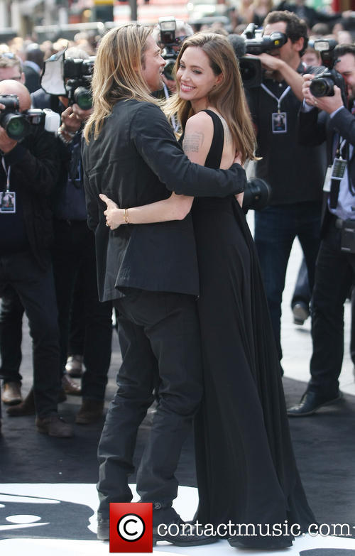 Brad and Angelina at World War Z Premiere..Leicester Square, London..June 2nd, 2013 - Page 2 Kgrhqf11