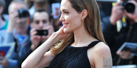 Brad and Angelina at World War Z Premiere..Leicester Square, London..June 2nd, 2013 - Page 2 Kgrhqf15