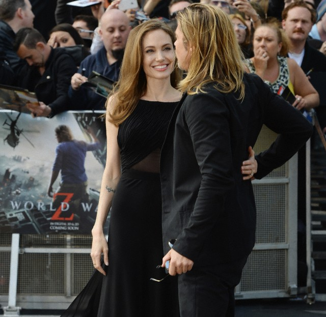 Brad and Angelina at World War Z Premiere..Leicester Square, London..June 2nd, 2013 - Page 2 Kgrhqf20