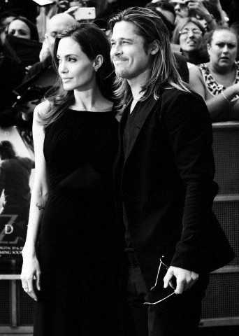 Brad and Angelina at World War Z Premiere..Leicester Square, London..June 2nd, 2013 - Page 2 Kgrhqf21