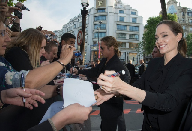 Brad and Angelina World War Z Premiere,UGC Normandie Movie Theatre.. Paris,France..June 3rd 2013 Kgrhqf25