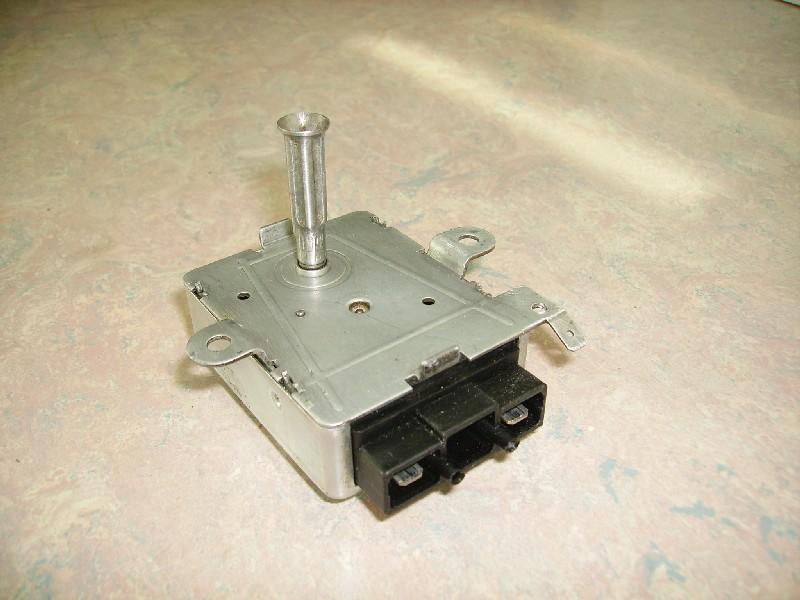 Sens rotation aléatoire d'un moteur de tourne broche Moteur12