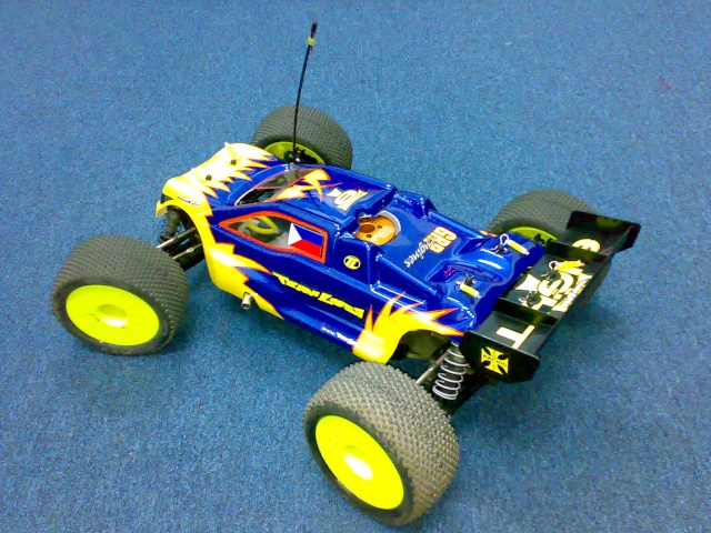 TEAM LOSI 8T RACE ROLLER 03072011
