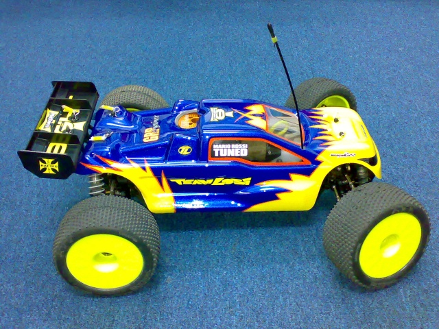 TEAM LOSI 8T RACE ROLLER 03072013