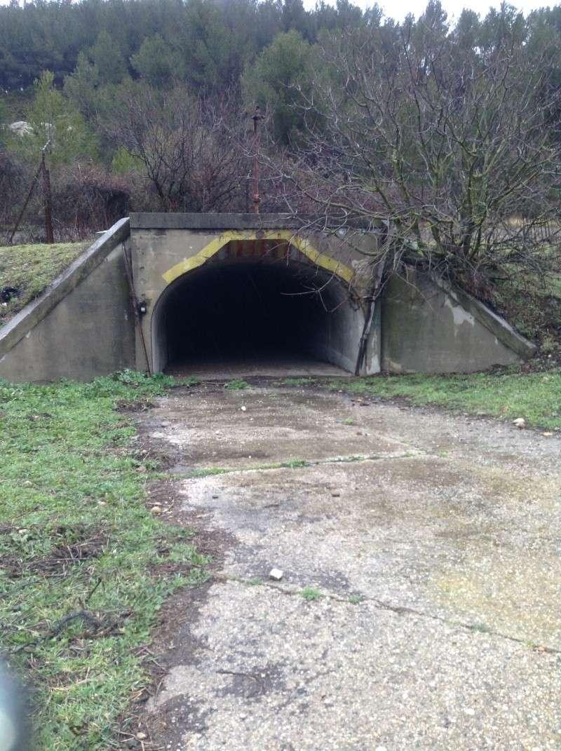 urbex , exploration d'un tunnel de munitions de la 1 guerre mondial .region paca en photo. 00310