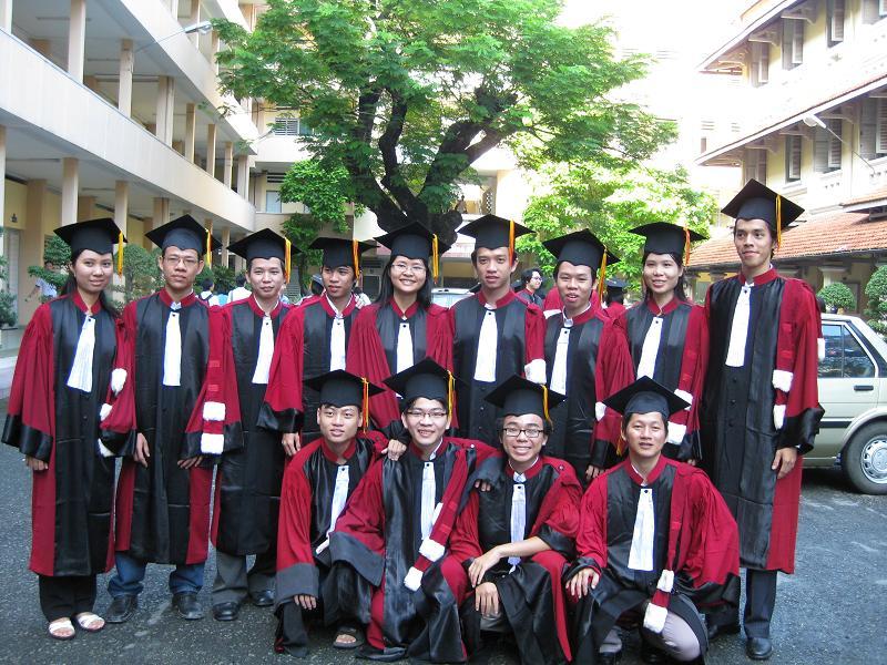 Hình tốt nghiệp của lớp Img_2417