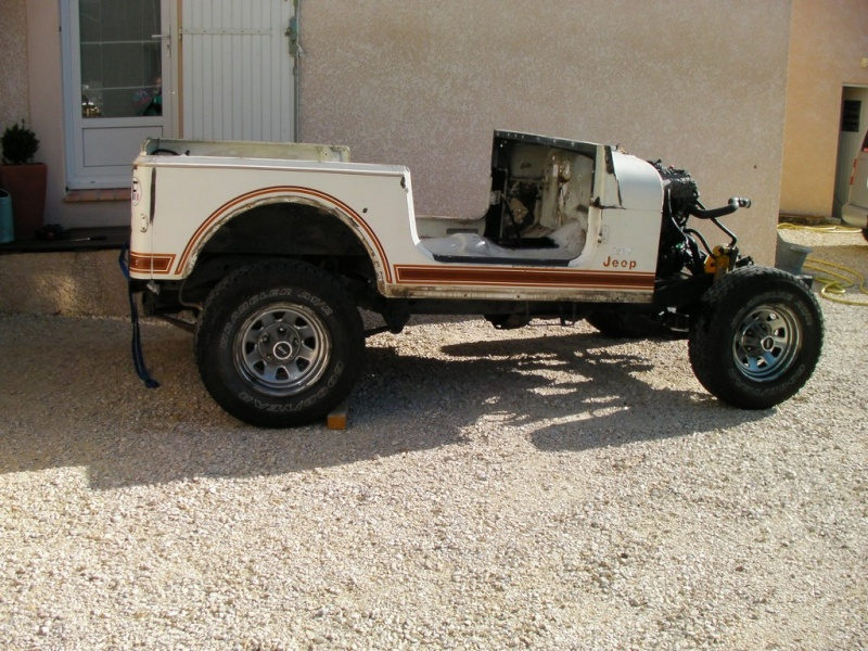 Restauration CJ7 Laredo D alias Maïté E10