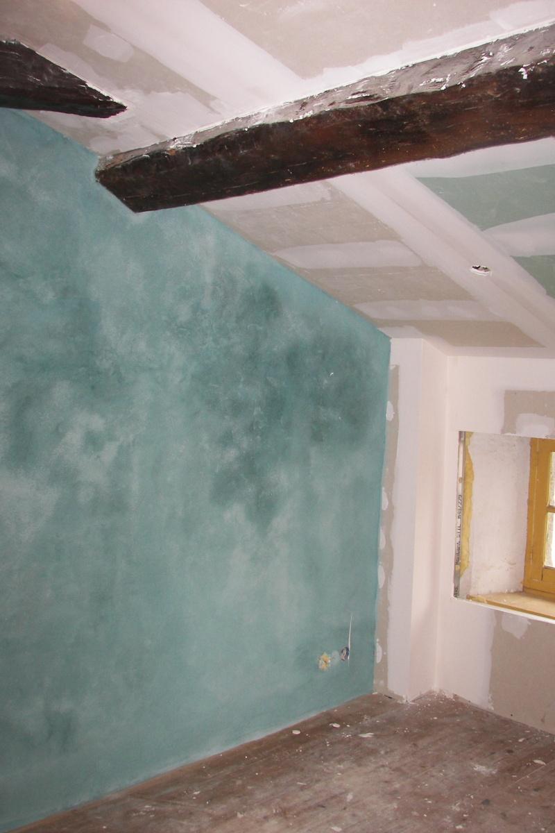 Besoin d'aide pour peinture d'une chambre mansardée 100_4710