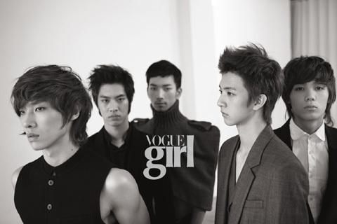 La naissance du groupe Vogue_10