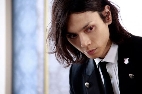 Black Butler adapté en film live Kurosh11