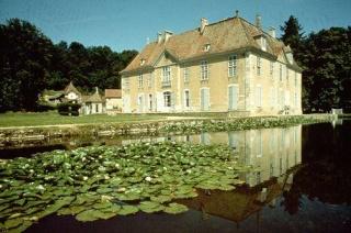 Le château de Longpra (Isère) Maxi_110