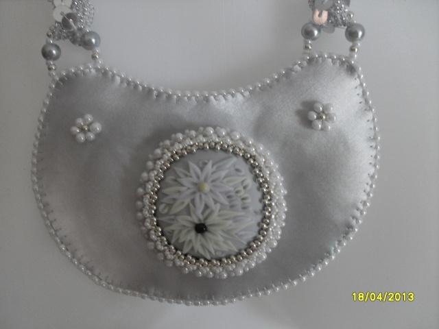mes créations bijoux lithothérapie - Page 2 Sdc11117