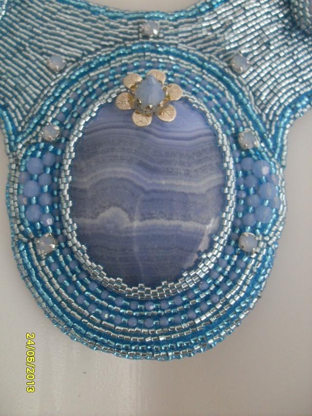mes créations bijoux lithothérapie - Page 2 Sdc11416