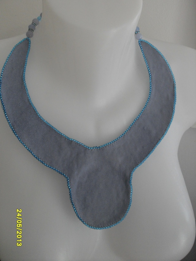 mes créations bijoux lithothérapie - Page 2 Sdc11419
